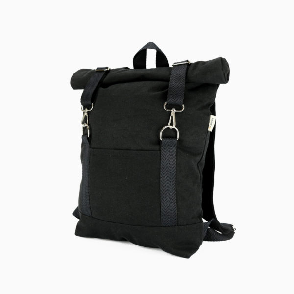 Roll top backpack black – reinforced black straps