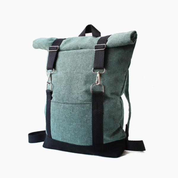 Roll top backpack green turquoise – reinforced black straps