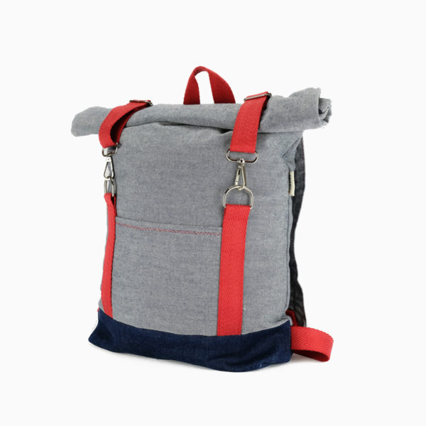 Roll top backpack light blue – reinforced red straps