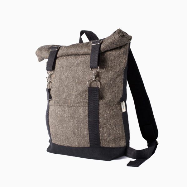 Roll top backpack brown grey – reinforced black straps