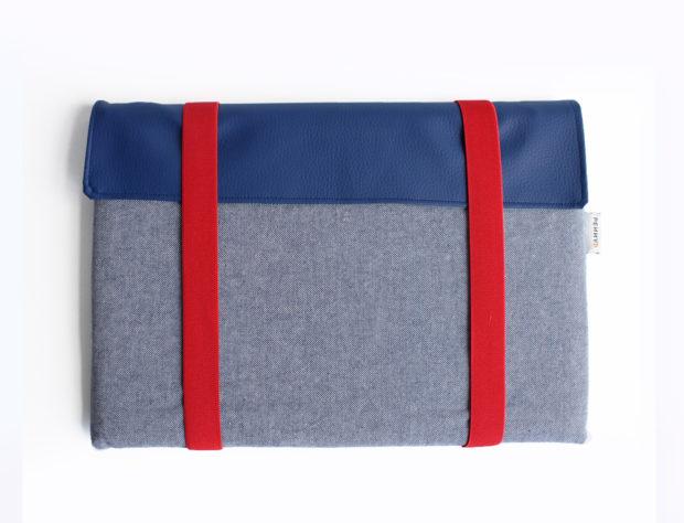 laptop sleeve blue