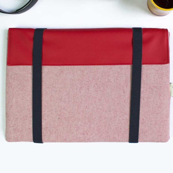 red laptop sleeve macbook pro