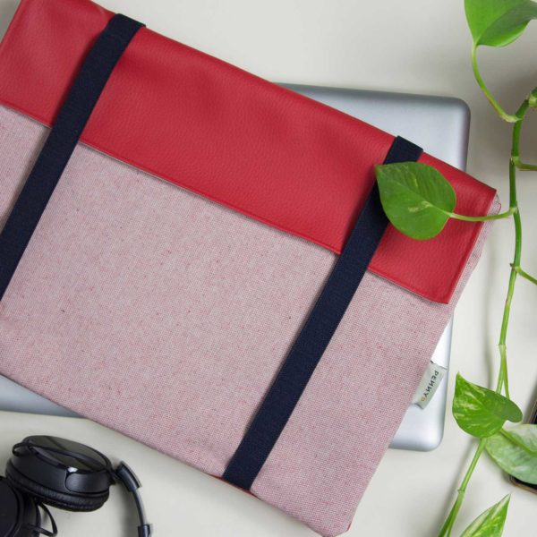 red laptop sleeve macbook pro